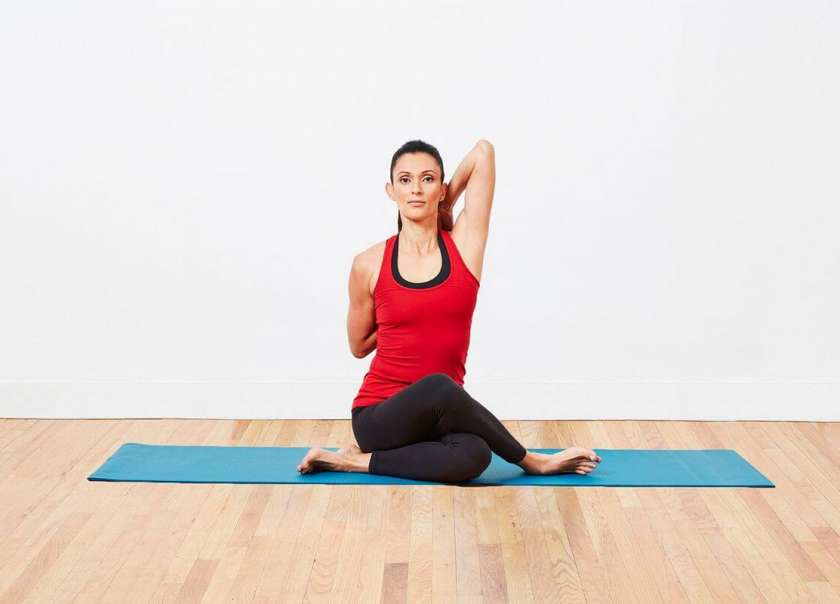 6 Fantastic Yoga Poses To Effectively Treat Wrist Pain