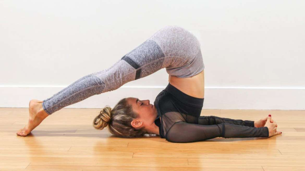 5 Brilliant Yoga Moves To Tighten And Tone Your Body